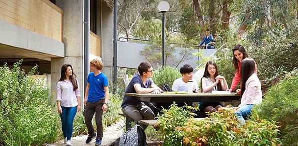 Hawthorn Dil Okulları Avustralya