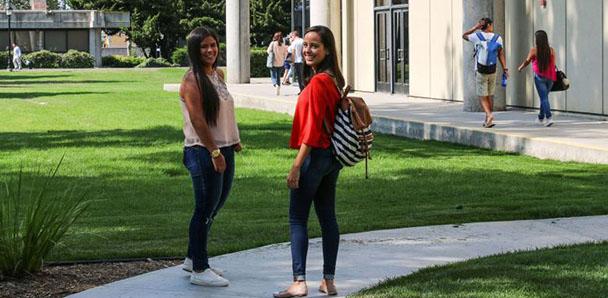 Kaplan Irvine Valley Dil Okulları
